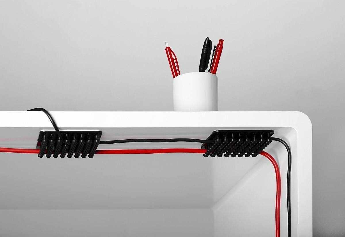 Спрятать провода на рабочем месте