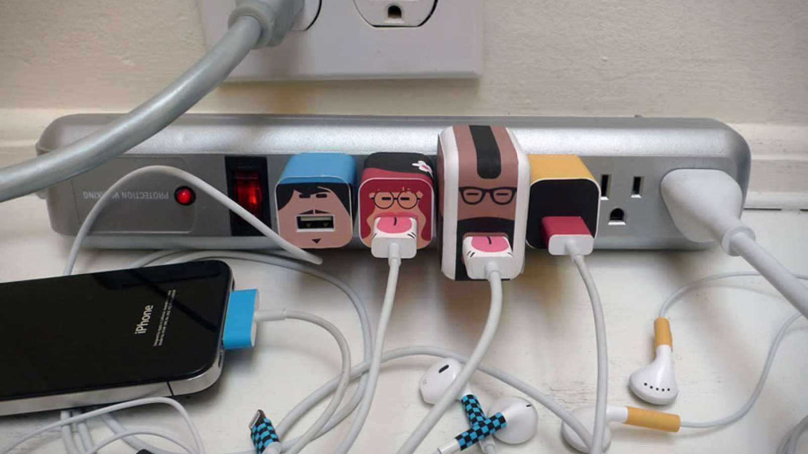 Как спрятать провода от зарядки