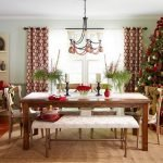 Праздничный стол в гостиной
