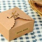 Коробка для подарка из крафт бумаги