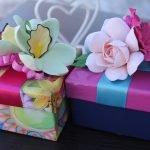 Подарочные коробки с цветами