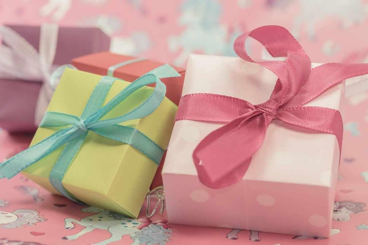 Оформление детского подарка