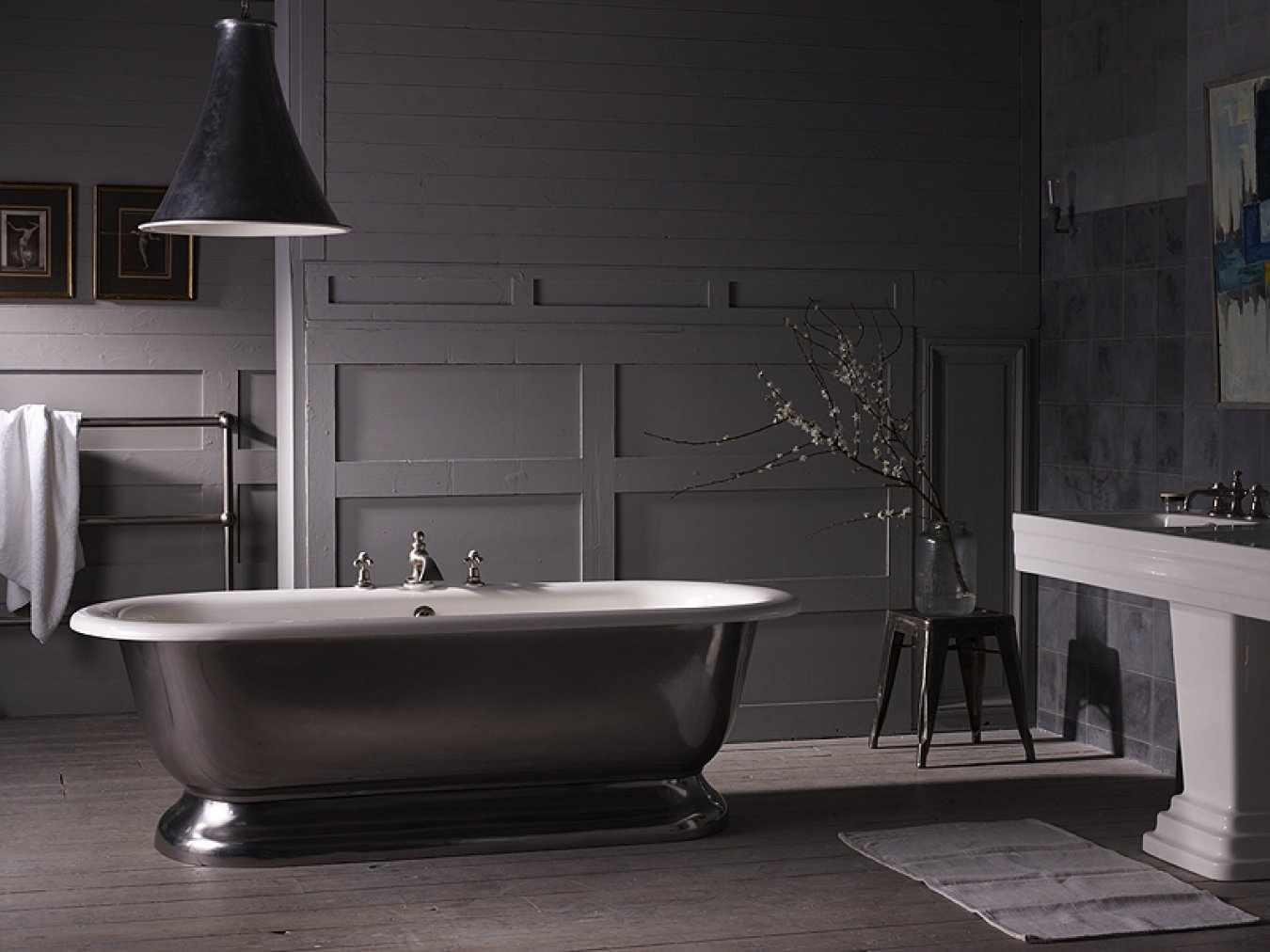 Темная ванна