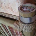 Как задекорировать трубу отопления в комнате