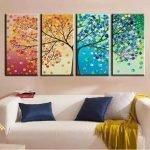 Картина с разноцветным деревом над диваном