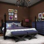 Синий в сочетании с коричневым в декоре спальни