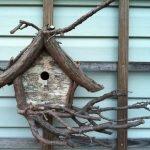 Кормушки-домики из природного материала