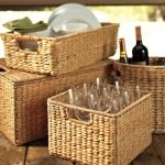 Корзины для хранения вина и посуды