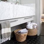 Плитка сотами в ванной