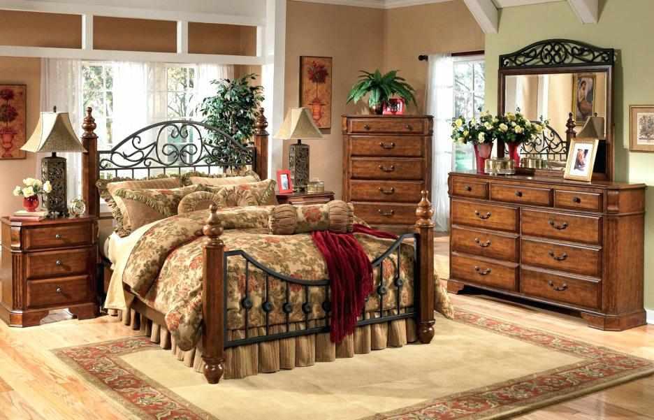 Спальный гарнитур в стиле винтаж