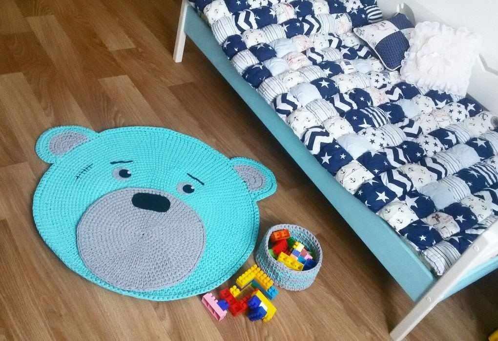 Кроватка в детской