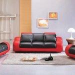 Красный с черным кожаный диван