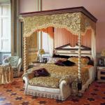 Спальня в восточном интерьере