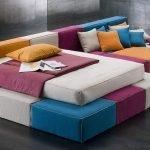 Трехцветный диван-трансформер