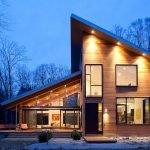 Дом с пристройкой с односкатной крышей