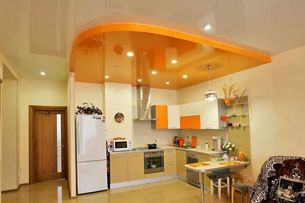 Кухня в прихожей
