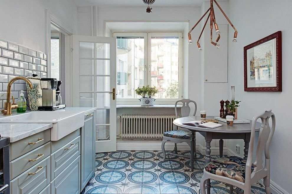 Пол из плитки на кухне в скандинавском стиле