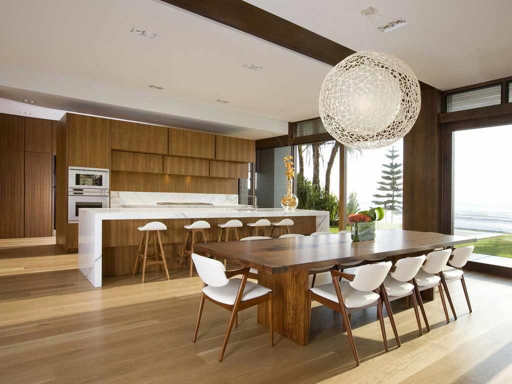 Кухонный стол в интерьере в стиле модерн