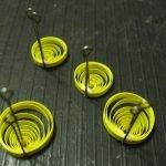 Делаем желтые спиральки