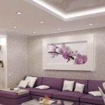 Красивая картина на стене в гостиной