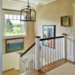 Люстра над лестницей