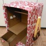 Шкаф с ящиком из картона