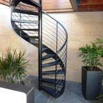 Малогабаритная винтовая лестница