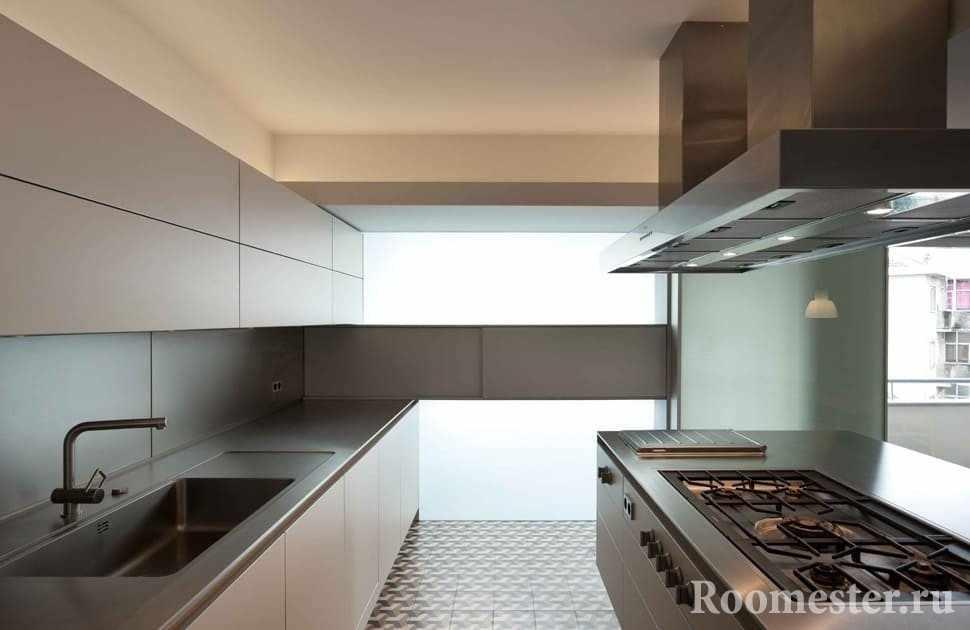 Стильная кухня в доме