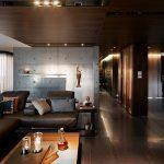 Точечные светильники в интерьере гостиной