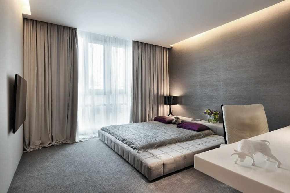 Натяжной потолок в спальне в стиле минимализм