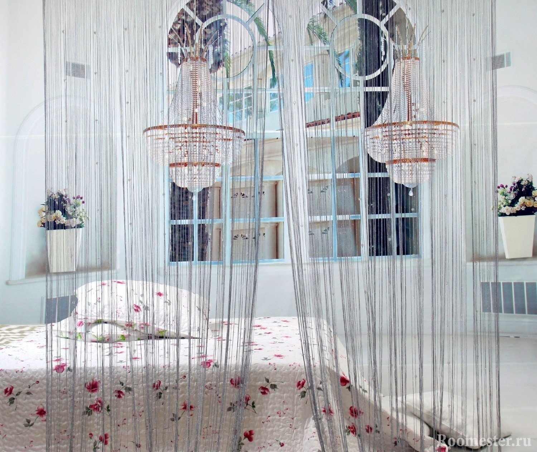 Шикарные люстры в спальне
