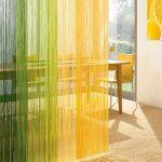 Яркие нитевидные шторы