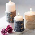 Свечи в вязанных одежках