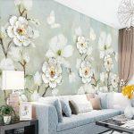 Обои с крупными цветами в интерьере гостиной