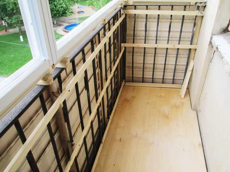 Обрешетка по периметру балкона