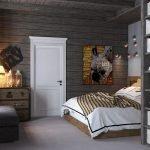 Белая дверь в спальне