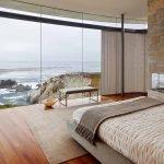 Огромные окна в спальне