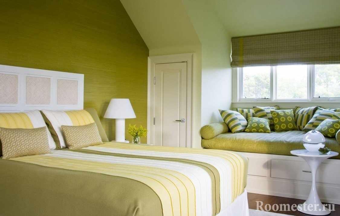 Интерьер спальни в оливковых тонах