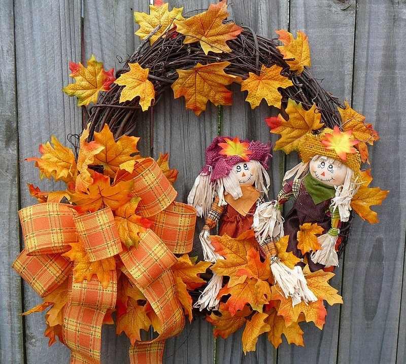 Осенний венок из природных материалов