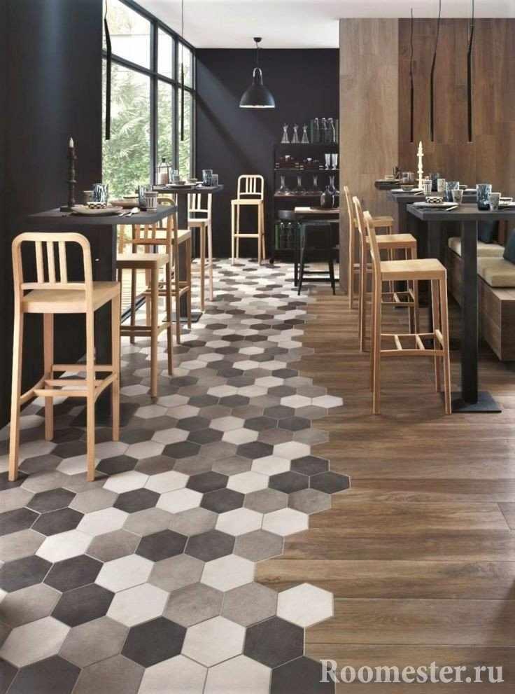 Слияние плитки и деревянного пола