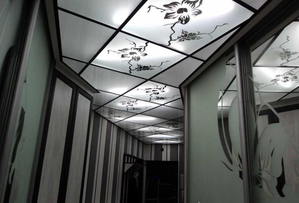 Плиточный подвесной потолок
