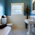 Бирюзовые стены в ванной
