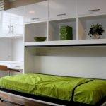 Откидная встроенная кровать