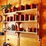 Полки на кухне в стиле эко
