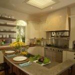 Кухня зеленного оттенка
