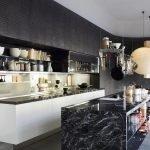 Черная кухня-остров