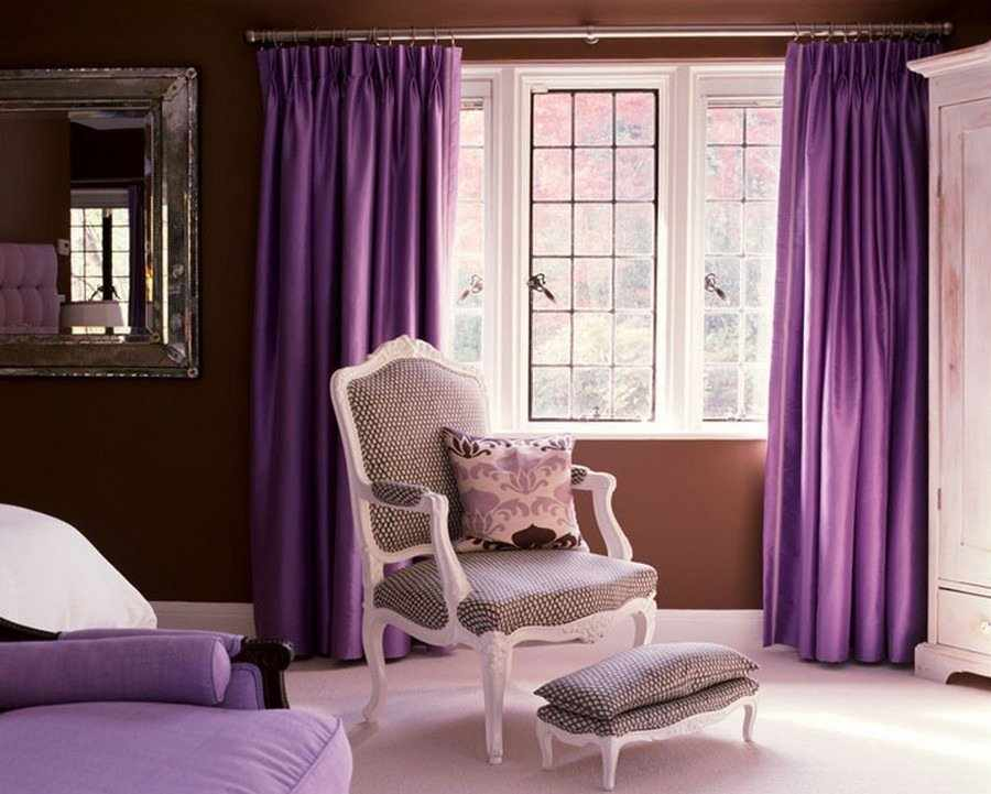 Коричнево-фиолетовый интерьер