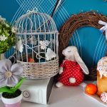 Венок и цветные яйца