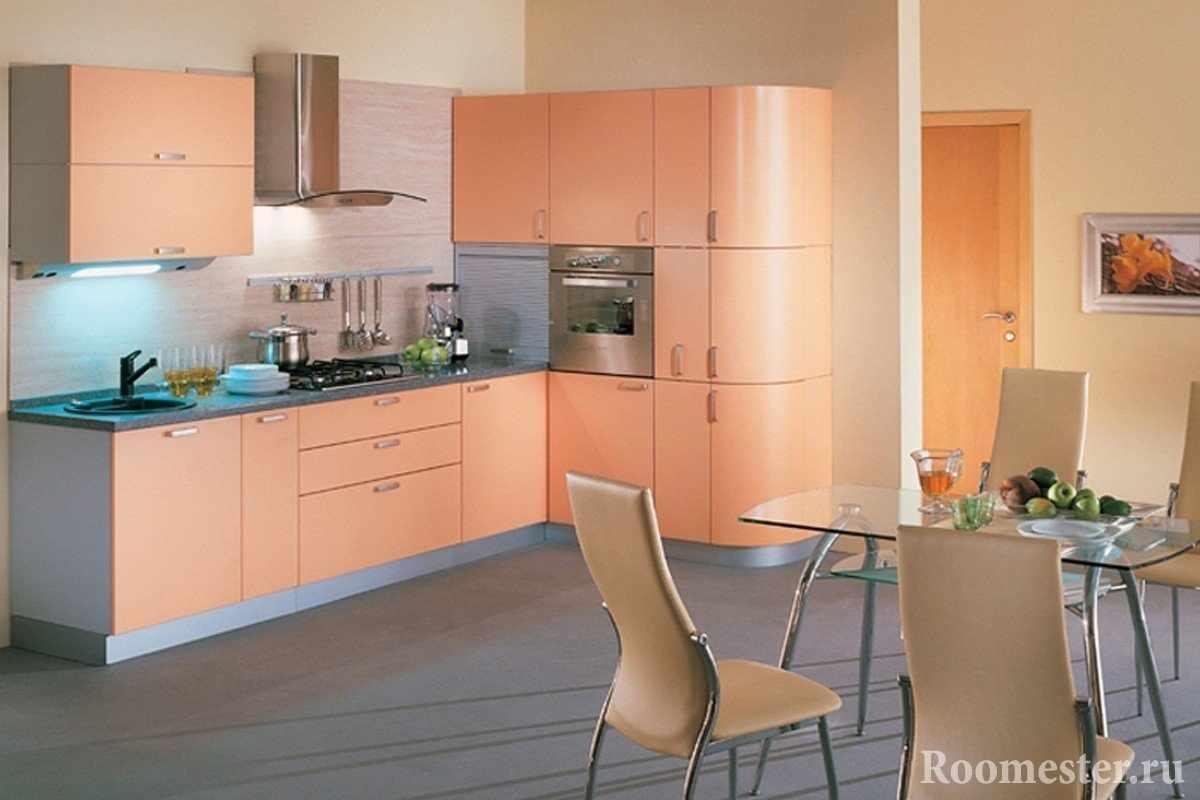 Кухонная мебель персикового цвета