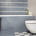 Сочетание кафеля и мозаики в дизайне туалета